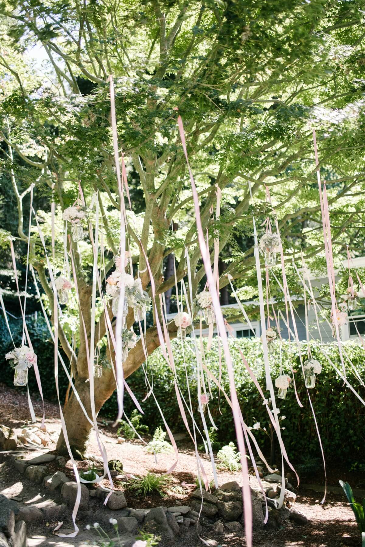 the wedding cake tree by melanie hudson amp cynthia s outdoor wedding melanie duerkopp 20917